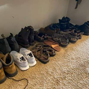 Lot # 163 - Large Selection of Men's Shoes - (See Pictures for Brands & Sizes)