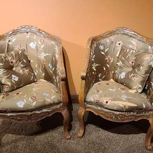Lot # 31 Beautiful Upholstered Parlor Chairs & Matching Pillows