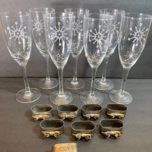 Lot # 179 Christmas champagne glasses