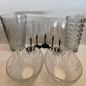 Lot # 181 Formal Table Glass