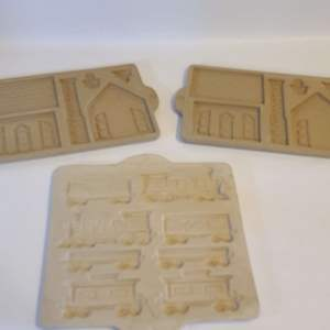 Lot # 187  Pampered Chef Stone Cookie Mold