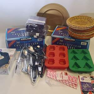 Lot # 249 Party Supplies