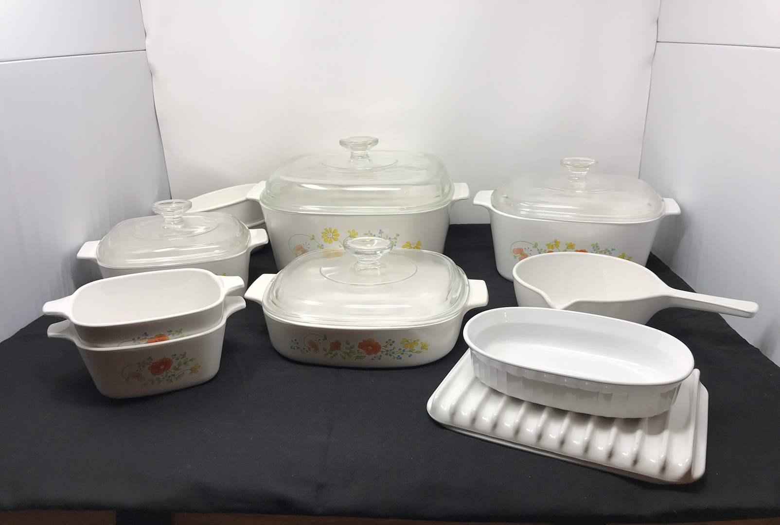 Lot # 50 - Nice Set of Corning Ware Baking Dishes  (main image)