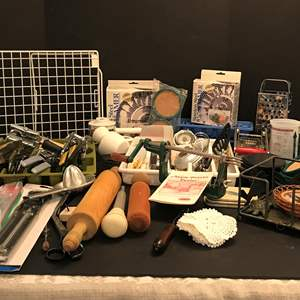 Lot # 64 - Large Lot Of Kitchen Items: Apple Peeler, Veggie Choppers, Measuring Spoons, Can Openers, Cheese Graters & More