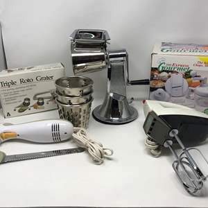Lot # 66 - Cheese Graters Electric Beaters, Black & Decker Electric Knife & More