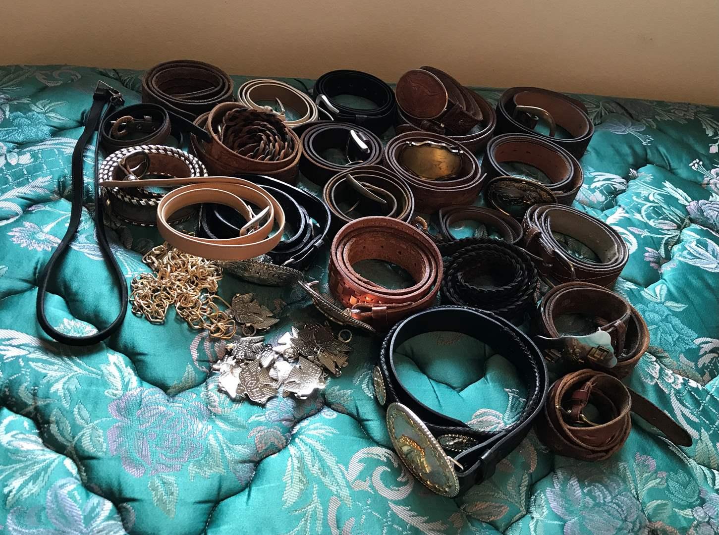 Lot # 151 - Lot Of Men's Belts  (main image)