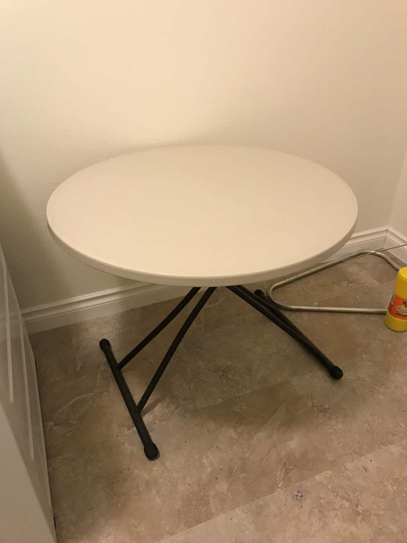 Lot # 200 - Nice Lifetime Folding Table (main image)