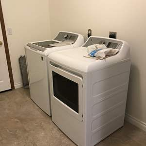 Lot # 202 - General Electric Washer & Dryer