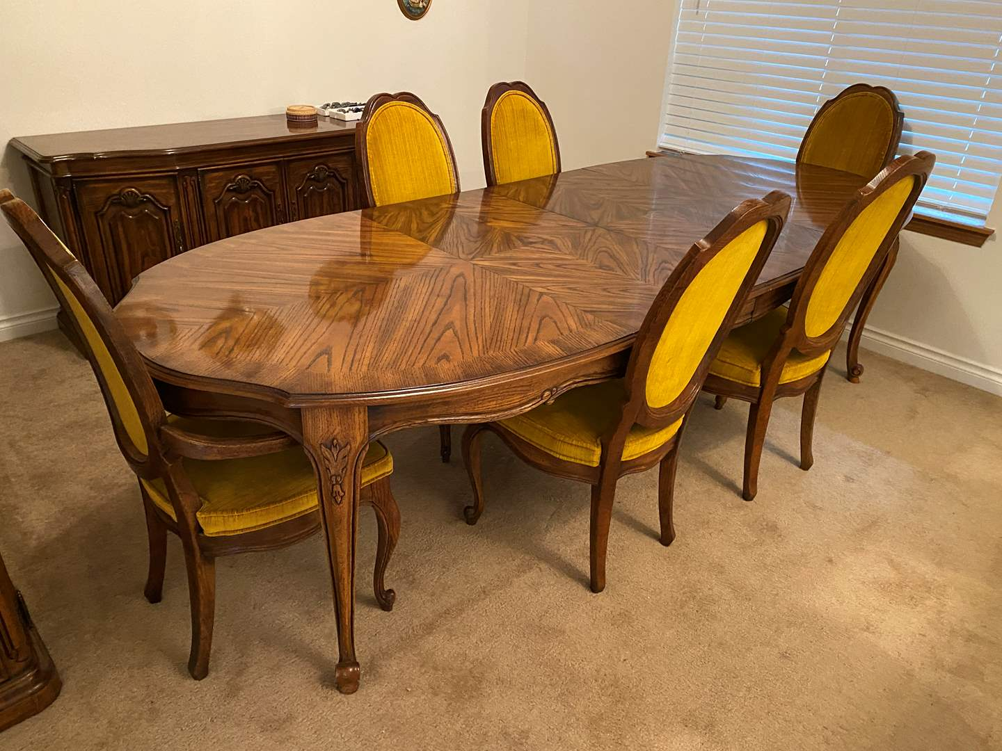 """Lot # 111 - Vintage Chiatillon by Drexel Dining Room Table w/ Two 20"""" Leaves & Six Chairs (main image)"""