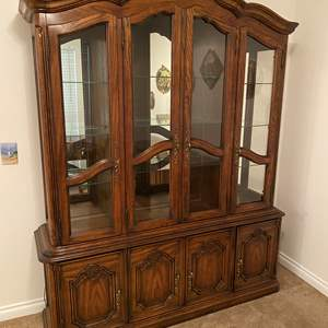 Lot # 113 - Vintage Chiatillon by Drexel Two-Piece Lighted China Hutch