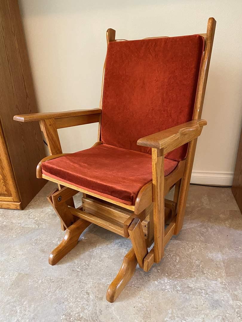 Lot # 124 - Oak Glider Chair (main image)