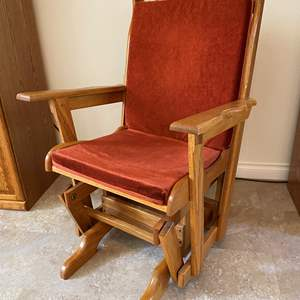 Lot # 124 - Oak Glider Chair