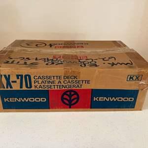 Lot # 195 - Vintage Kenwood Stereo Cassette Deck KX-70 - (Powers On)