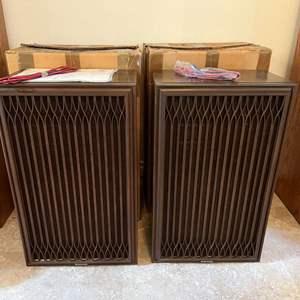 Lot # 216 - Two Vintage Kenwood KL-777Z Speakers