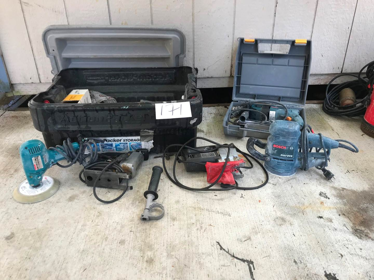 Lot # 171 - 2 Jig Saws, Bosh Hammer Drill, 2 Bosh Sanders & Supplies. (main image)