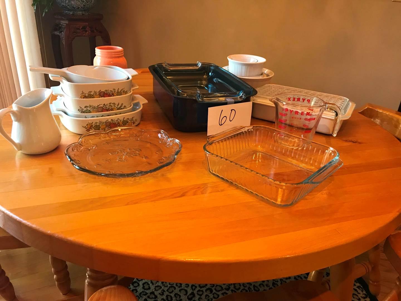 Lot # 60 - Vintage Corningware, Pyrex roaster, measure cup, tidbit tray, more (main image)