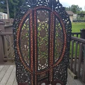 """Auction Thumbnail for: Lot # 16 - Wood Flower & Leaf Carved 3 Panel Room Divider - 69"""" Tall"""