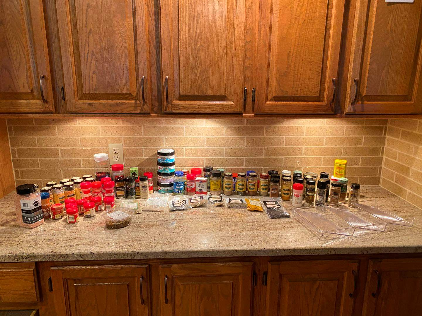 Lot # 76 - Nice Selection of Spices (main image)