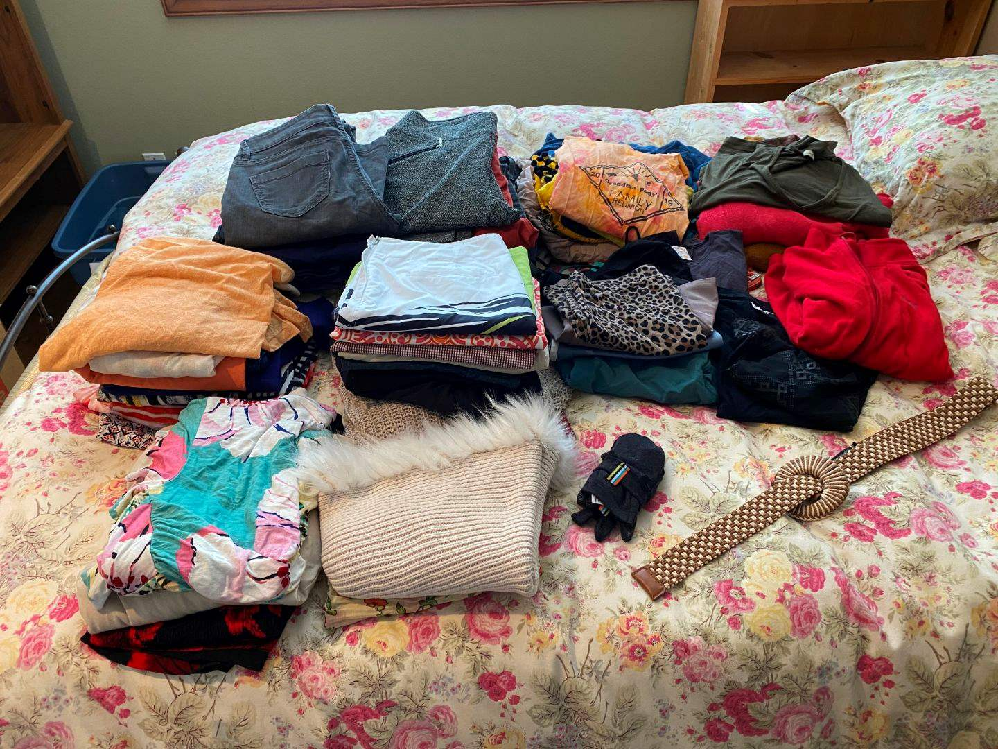 Lot # 101 - Women's Clothing; Nike, Helly Hanson, Roxy & Eddie Bauer & More - (See Pictures for Brands & Sizes). (main image)