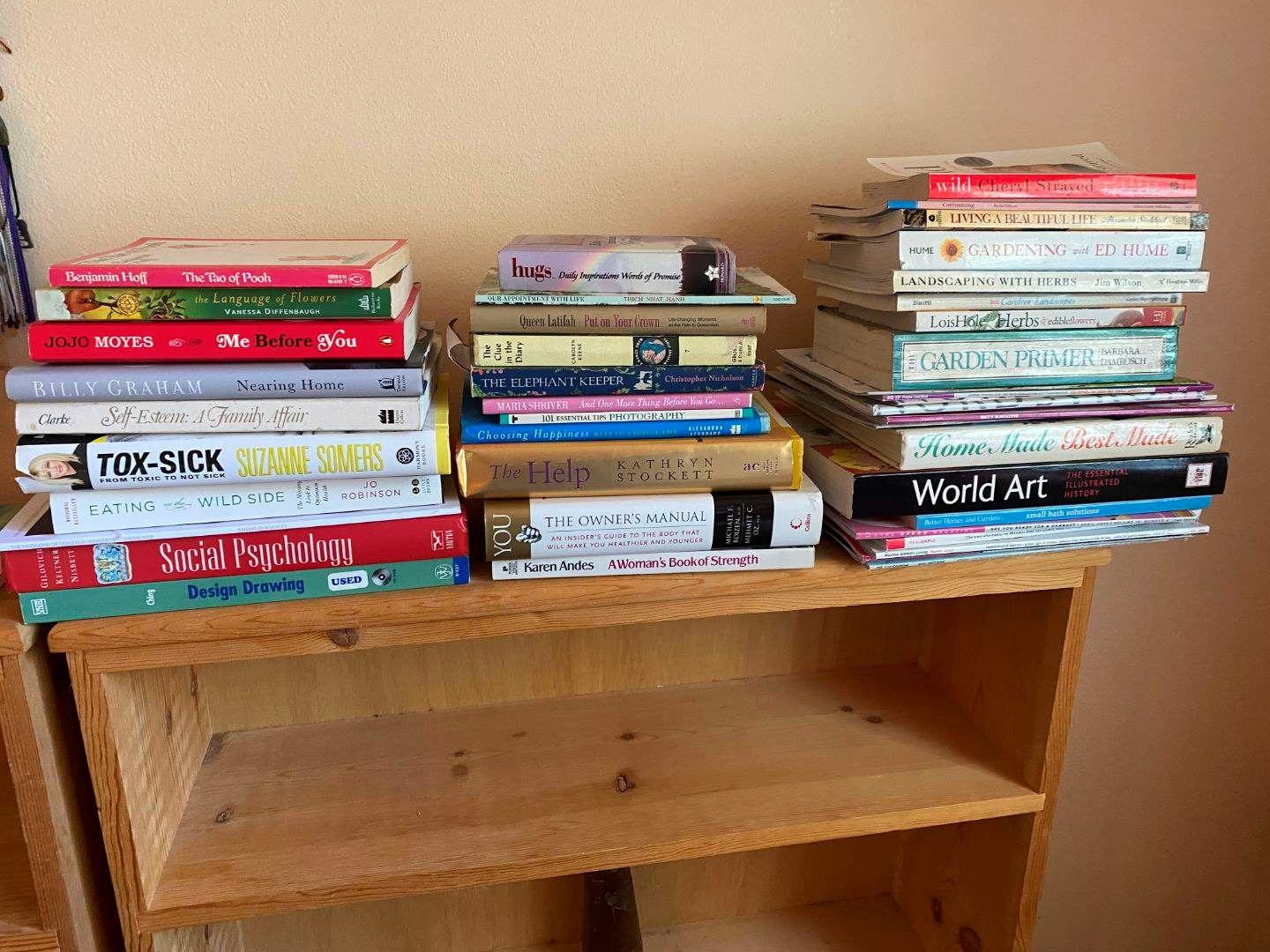 Lot # 129 - Small Selection of Books - See Pictures for Titles (main image)