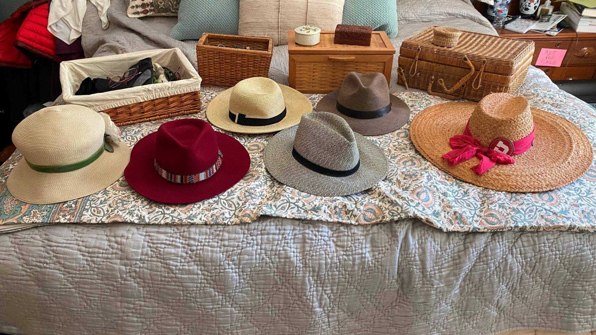 Lot # 178 - Women's Hats, Gloves & Baskets (main image)