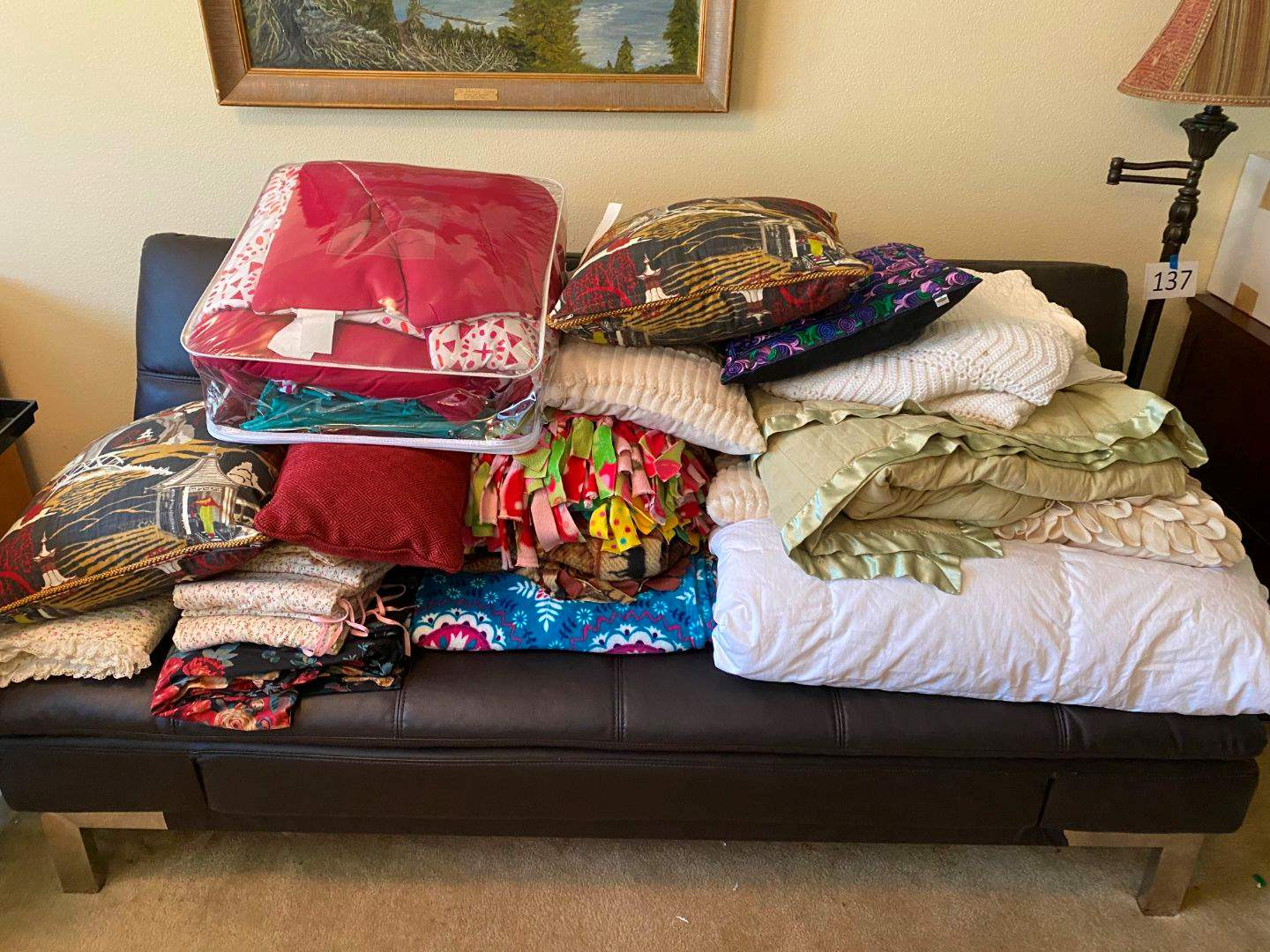 Lot # 143 - Bedding, Throw Pillows & Blankets (main image)
