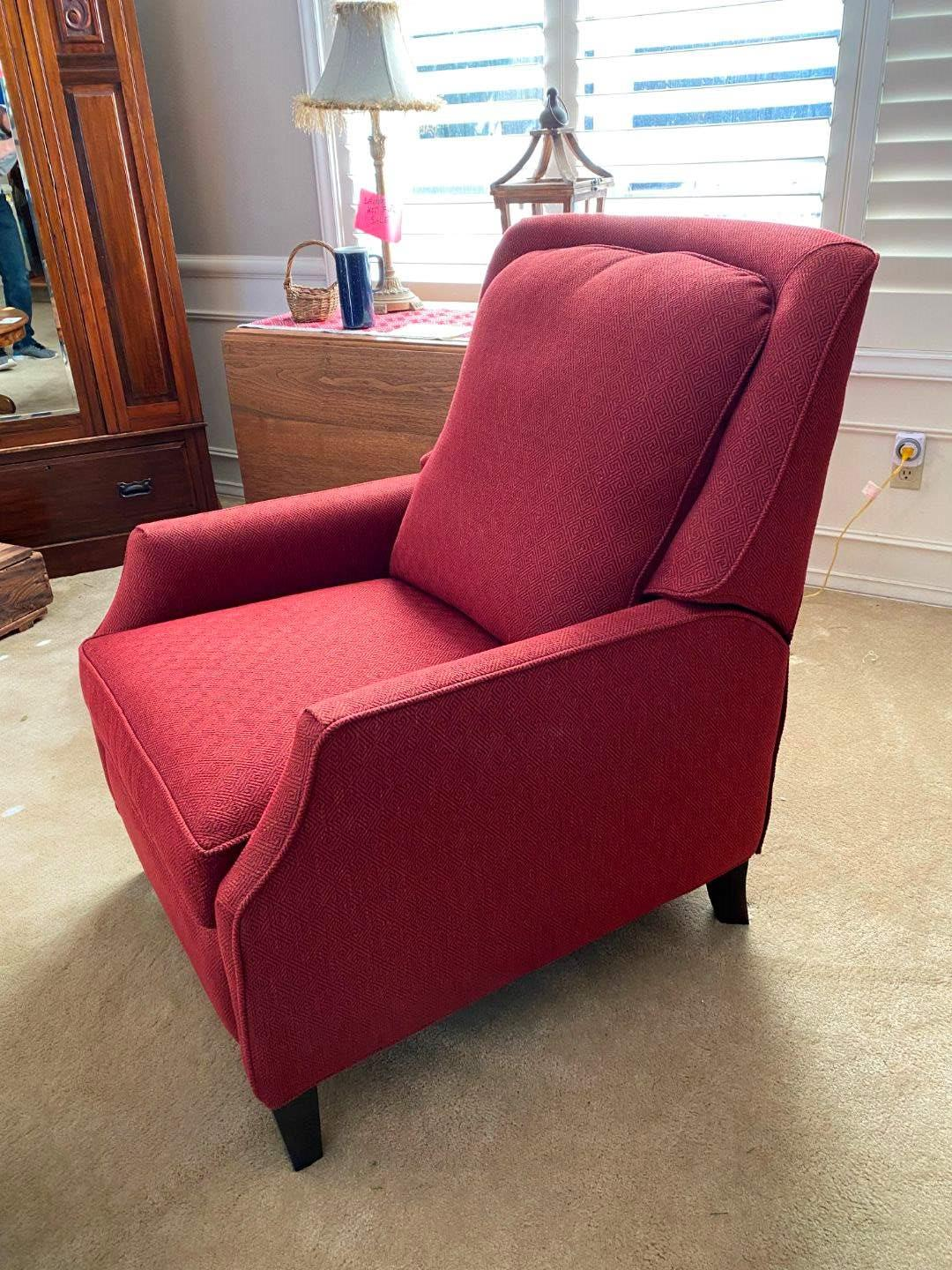 "Lot # 5 - Nice Red ""Bassett Furniture"" Reclining Chair  (main image)"