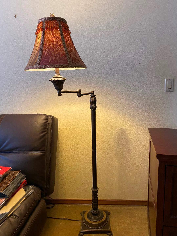 "Lot # 137 - Nice Metal Extendable Floor Lamp - 61"" Tall  (main image)"