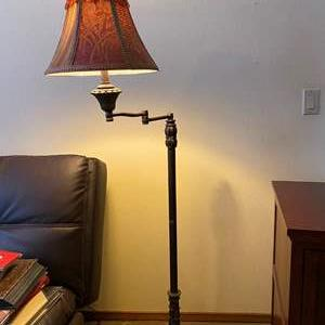 """Auction Thumbnail for: Lot # 137 - Nice Metal Extendable Floor Lamp - 61"""" Tall"""