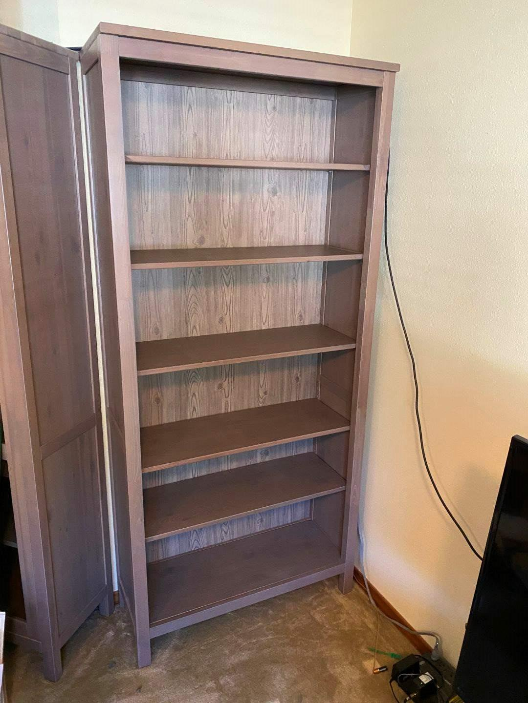 Lot # 165 - Really Nice Wood Shelving Unit (main image)
