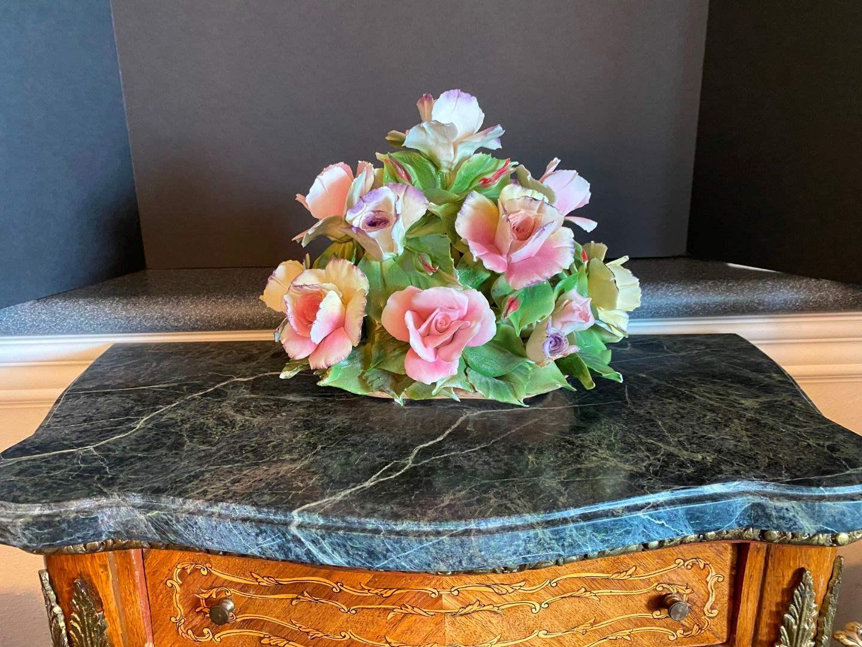 Lot # 56 - Beautiful Large Capodimonte Floral Arrangement (main image)