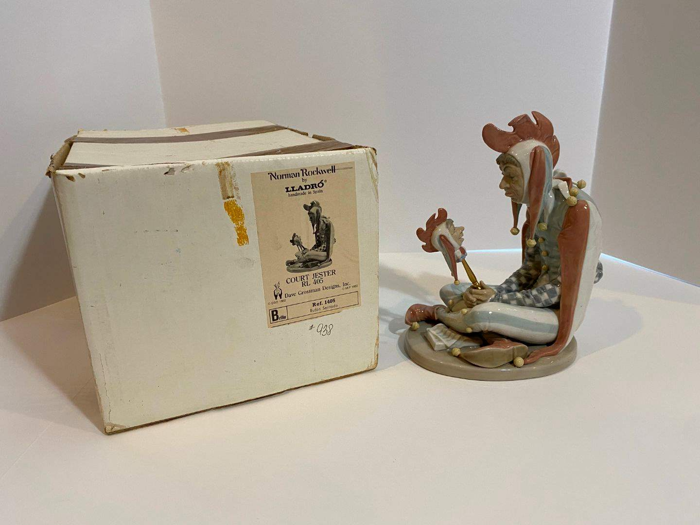 "Lot # 206 - Signed & Numbered Norman Rockwell by Lladro ""Court Jester"" w/ Original Box #938/5,000 (main image)"