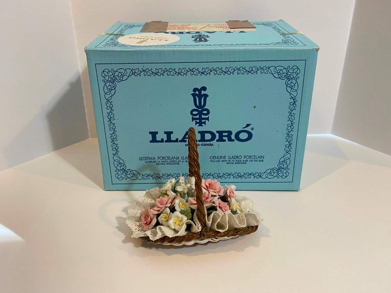 "Lot # 208 - Lladro ""Floral Basket"" #1575 w/ Original Box  (main image)"