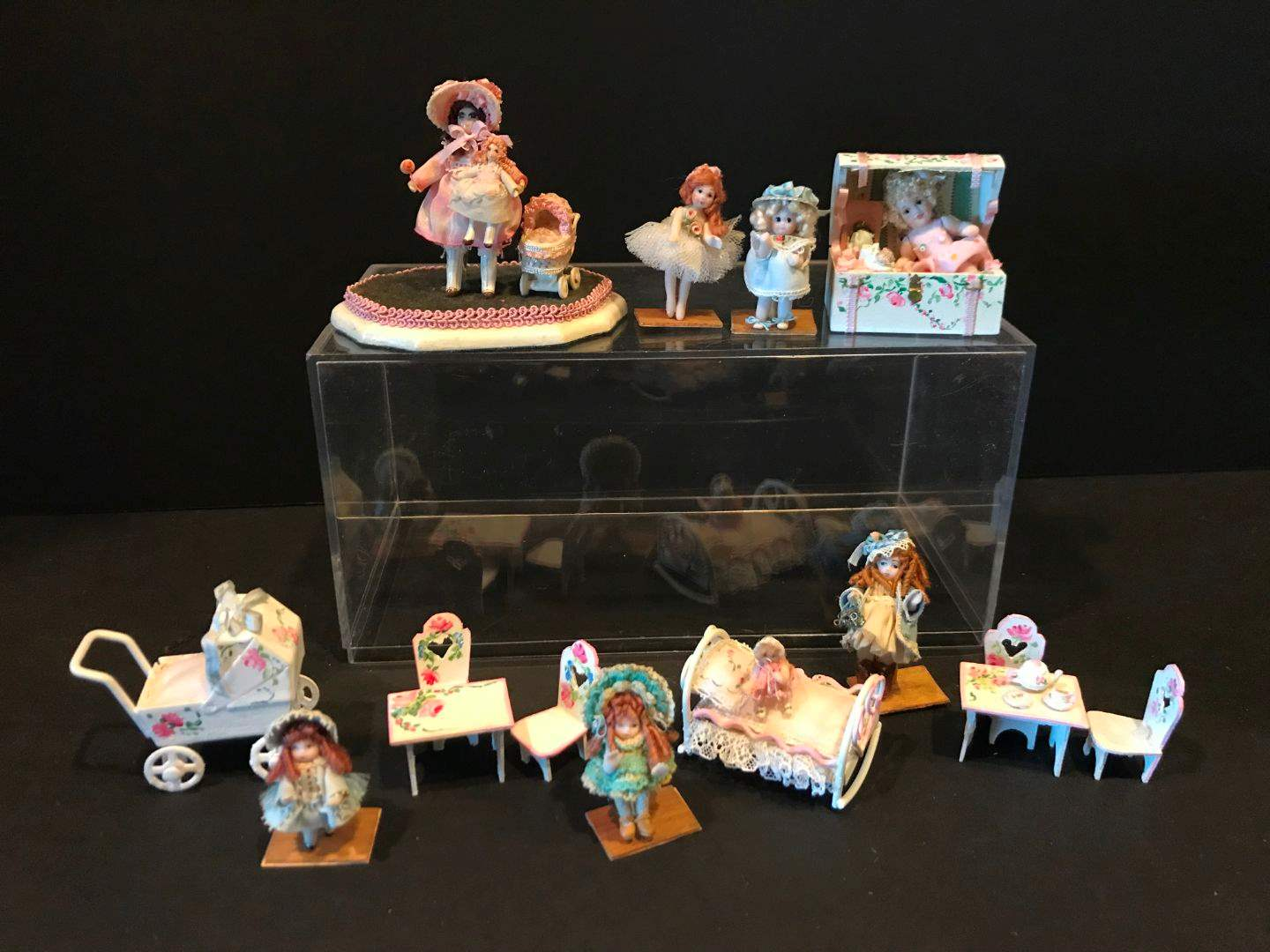 "Lot # 164 - 8 Porcelain Miniature Dolls ""The Doll House Miniatures"" by Tina & Jody Richardson & More.. (main image)"