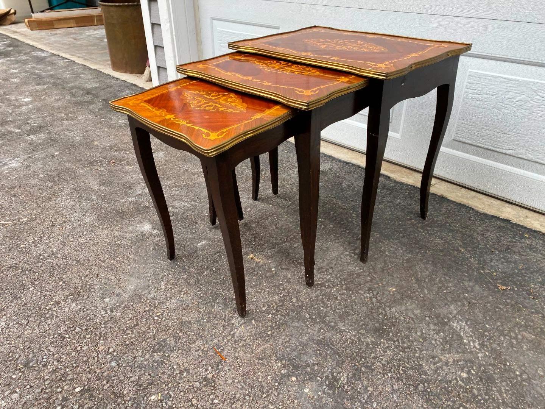 Lot # 318 - Vintage Wood Nesting Tables (main image)