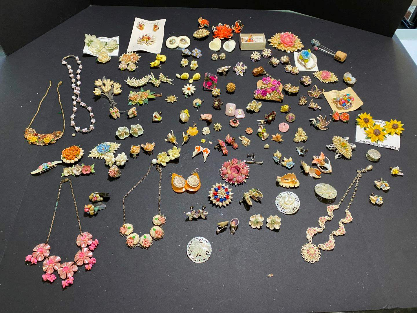 Lot # 385 - Very Beautiful Shell Jewelry - Necklaces & Earrings (main image)