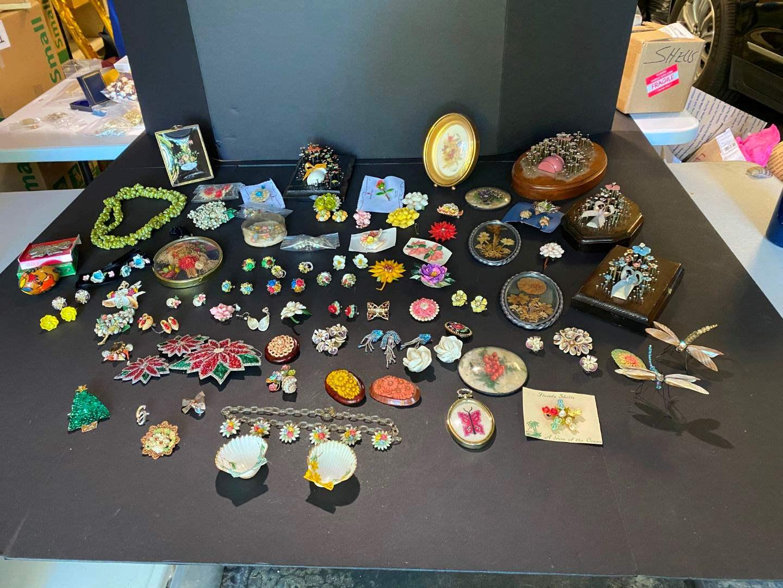 Lot # 398 - Cool Handmade Nail Art, Handmade Shell Dragon Flies, Shell Wall Art & Jewelry  (main image)