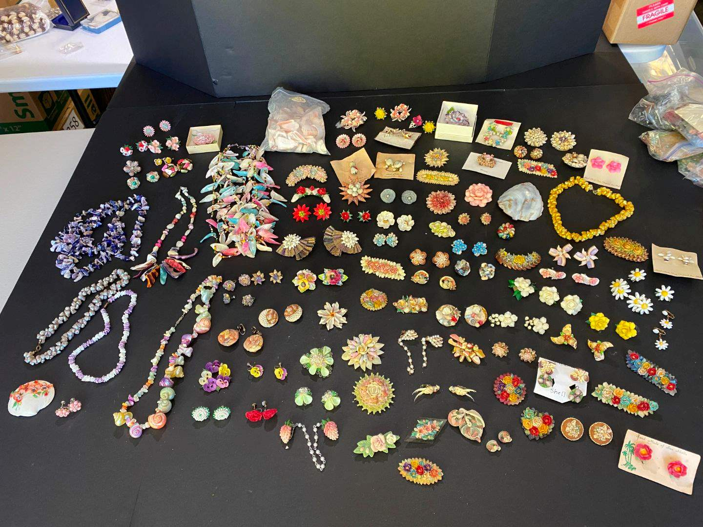 Lot # 403 - Handmade Shell Necklaces, Pins & Clip-on Earrings (main image)