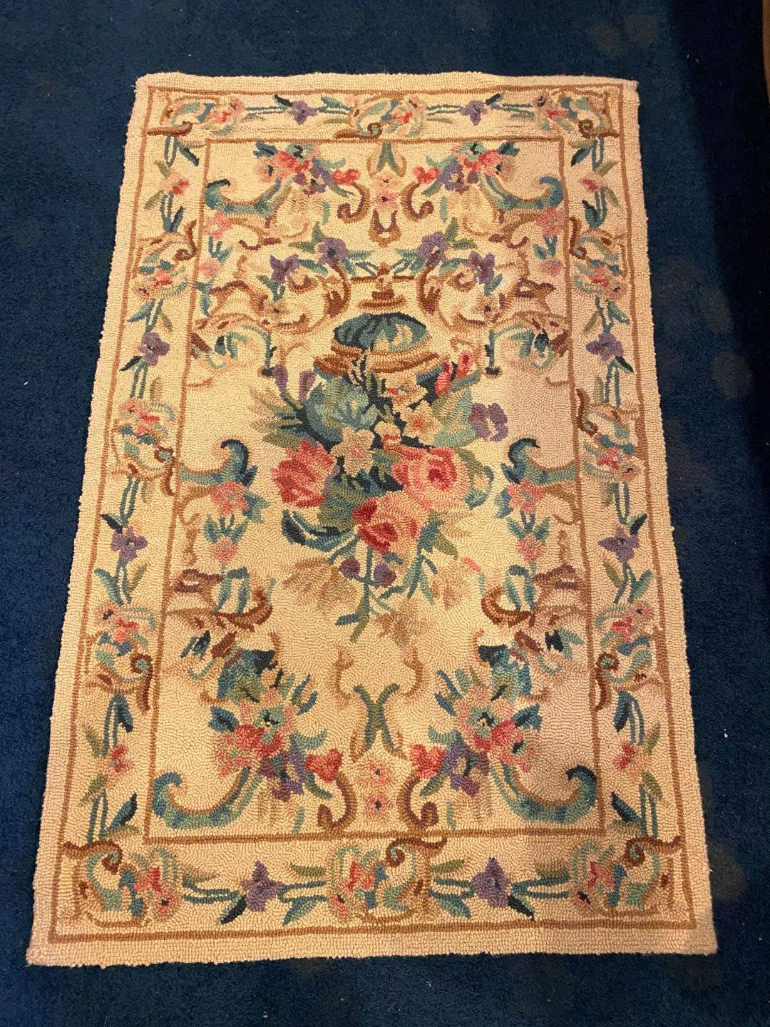 Lot # 120 - Wool Floral Area Rug  (main image)