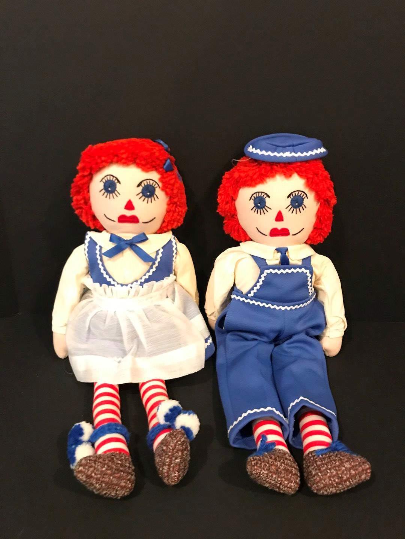 Lot # 233 - 1970 Vintage Raggedy Ann & Andy Dolls (main image)