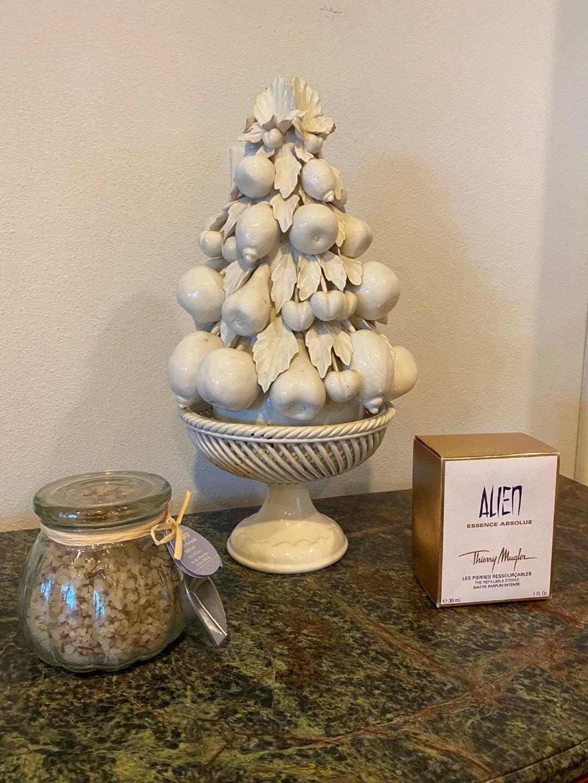 Lot # 265 - Thierry Mugler Alien Essence Absolve Perfume, Bath Salts, Ceramic Italian Fruit Tree (main image)