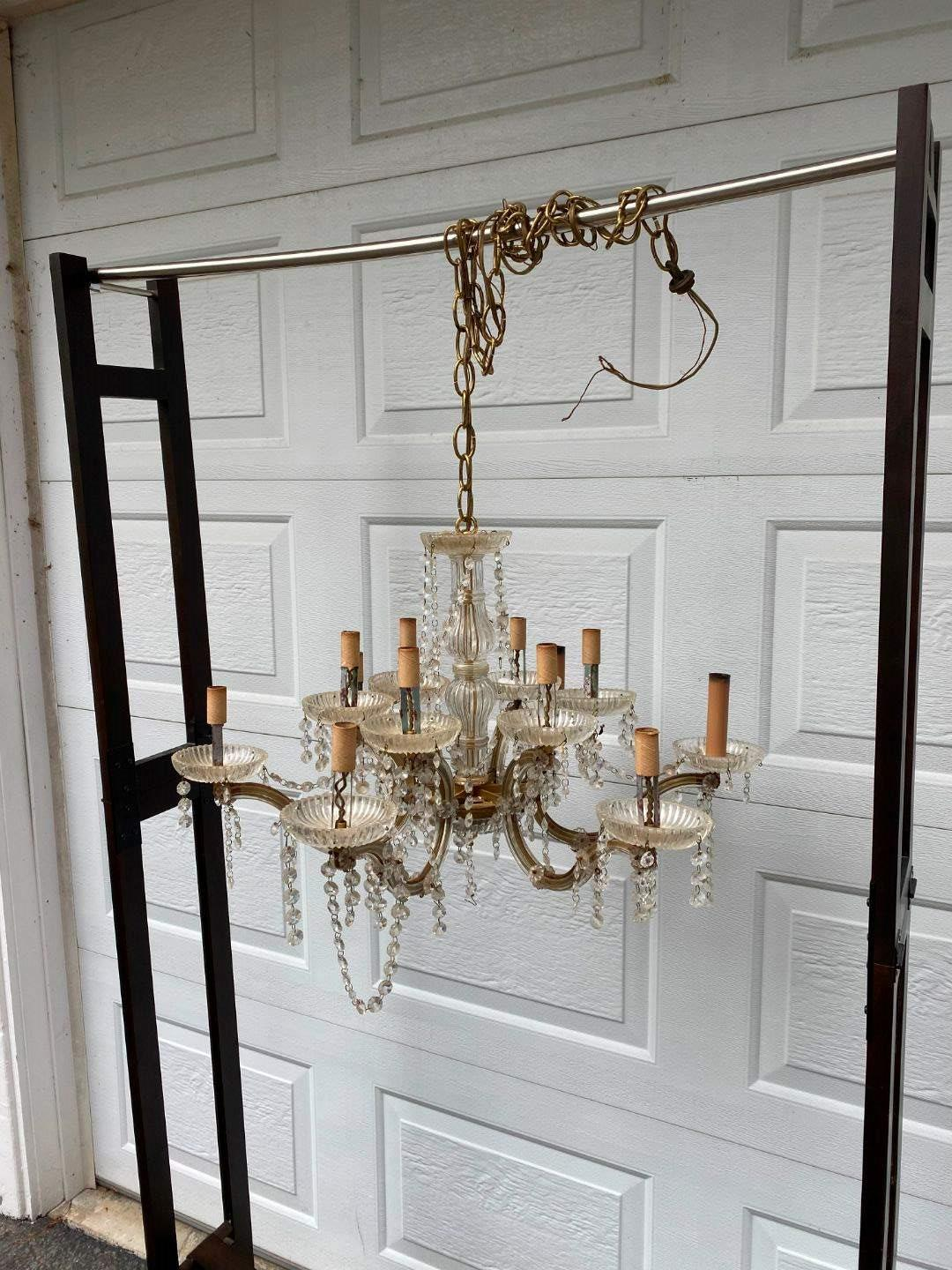 Lot # 304 - Beautiful Crystal Glass Chandelier  (main image)