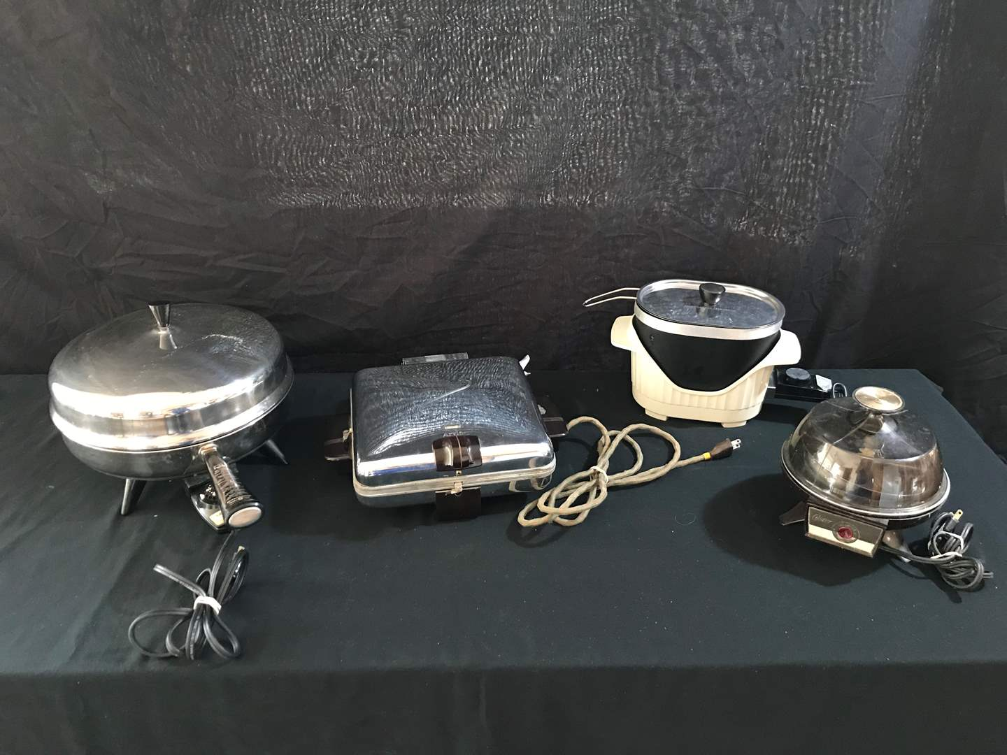 Lot # 52 - Farberware Electric Frying Pan, Arvin Waffle Maker, Oster Egg Cooker, Nordic Ware Electric Multi-Fri-Cook (main image)