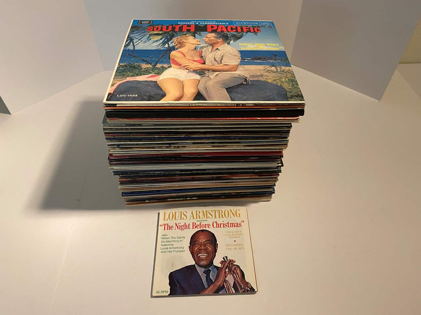 Lot # 12 - Nice Selection of Albums - See Pictures for Titles (main image)