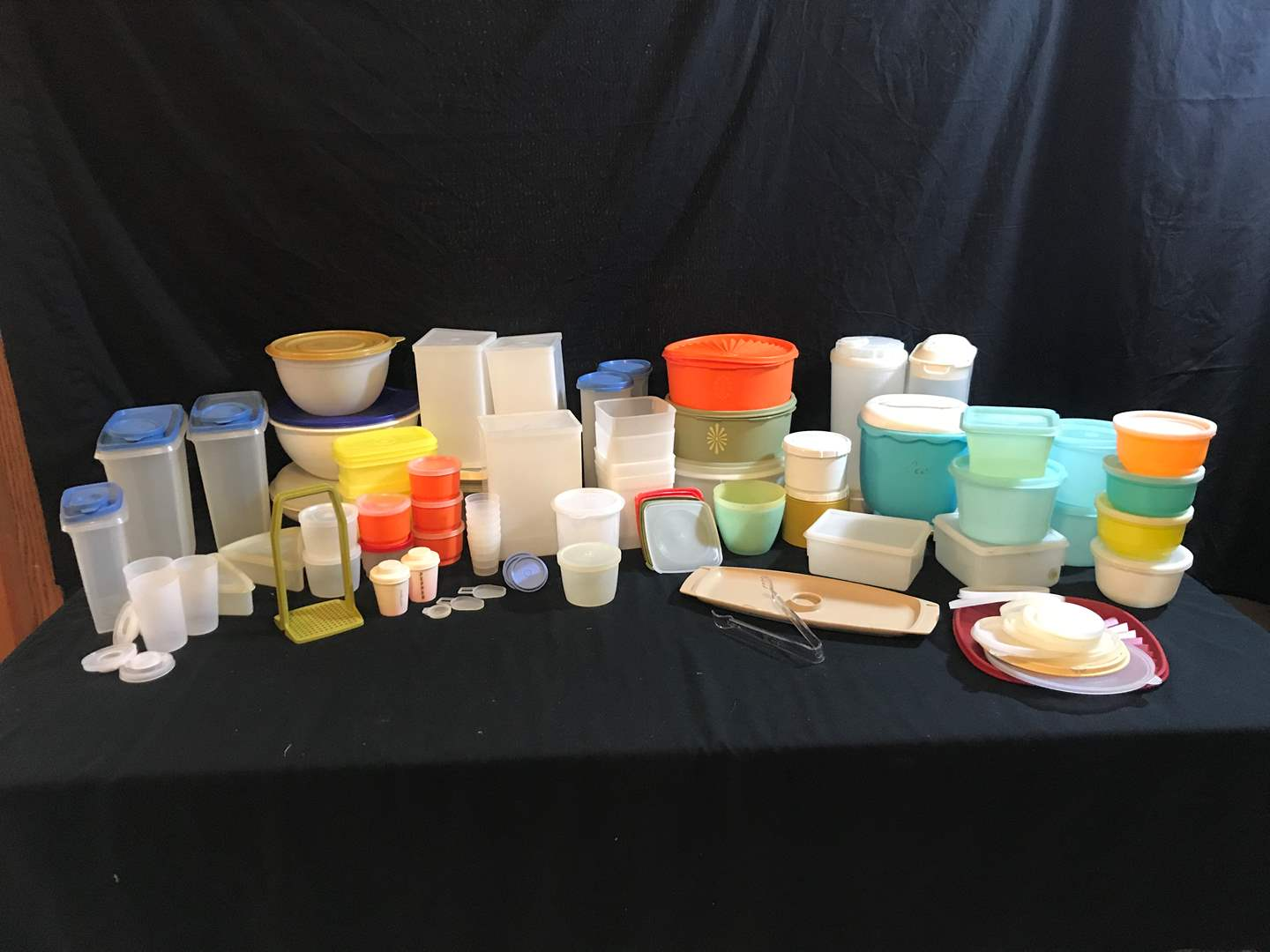 Lot # 73 - Tupperware Items: Salt & Pepper Shakers, Food Storage Containers, Serving Trays & More.. (main image)