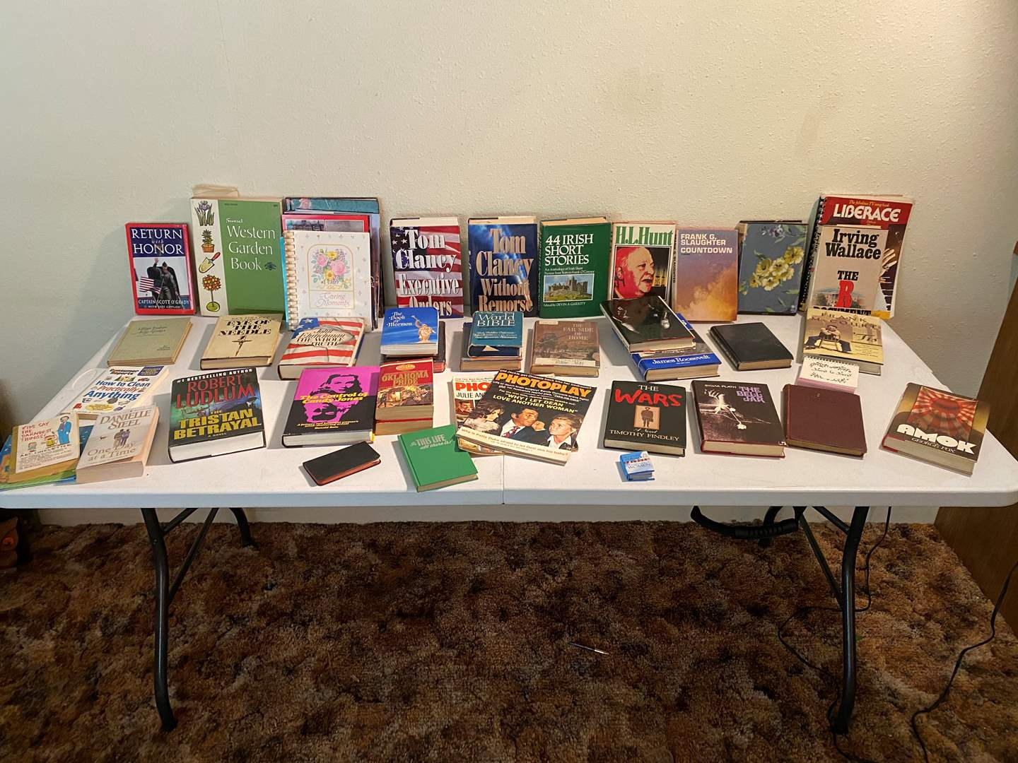 Lot # 106 - Small Collection of Vintage Books (main image)