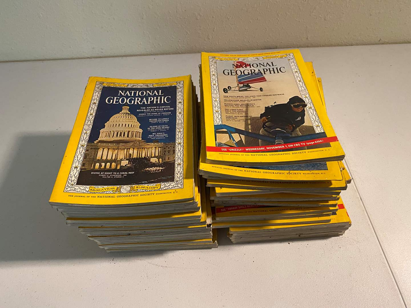 Lot # 108 - Collection of Vintage National Geographic Magazines (main image)