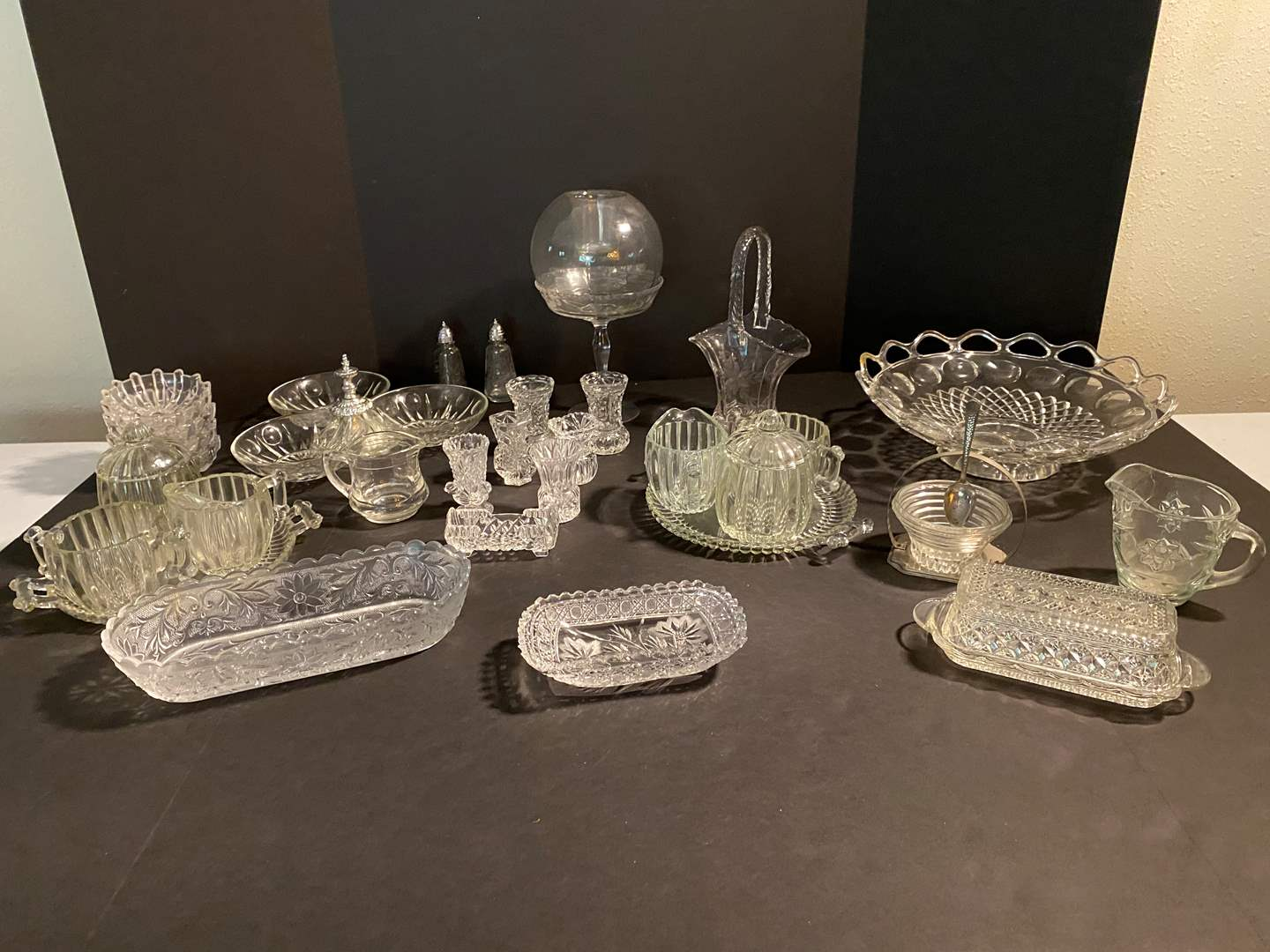 Lot # 125 - Collection of Vintage Glass & Crystal Items (main image)