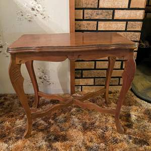 Auction Thumbnail for: Lot # 142 - Vintage Wood Sidetable