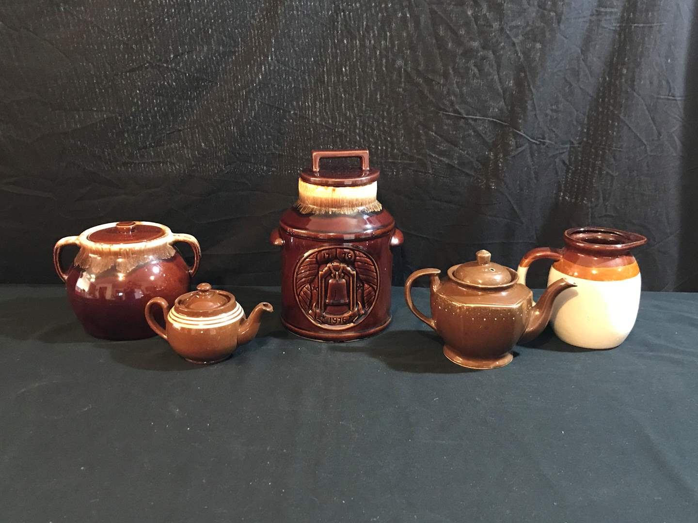Lot # 91 - Vintage Cookie Jars, Tea Pots & Pitcher (main image)